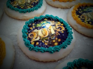 New Year's Decorated Edible 2015 Sugar Cookie